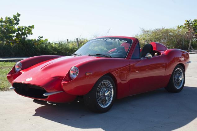 RIDING HIGH Hemp Sports Car Makes Appearance In Denver Chazzas - Sports car makes