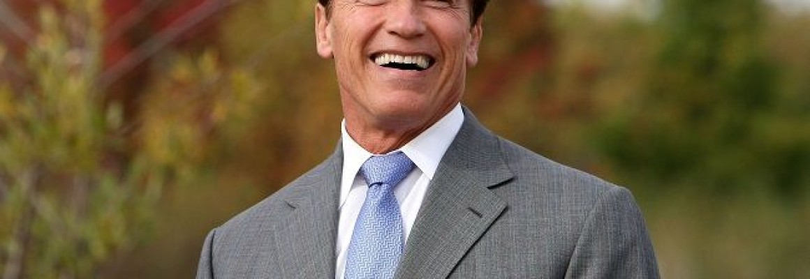 Schwarzenegger Addresses State's Water System, Signs Legislative Package