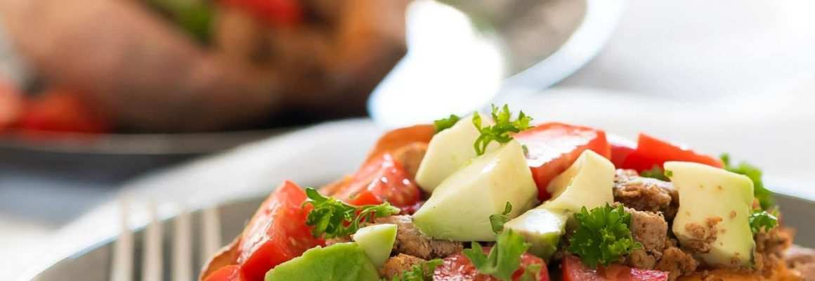 5-Ingredient-Taco-Paleo-Stuffed-Sweet-Potatoes-2