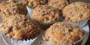 8634328_Apple_Cinnamon_Muffins