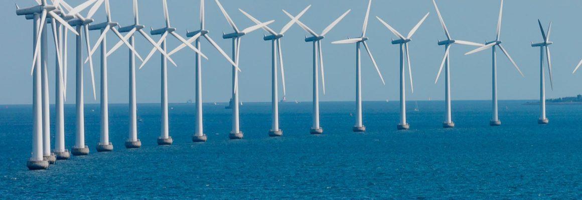 offshore-wind-farm-turbines-copenhagen-denmark-1550x804